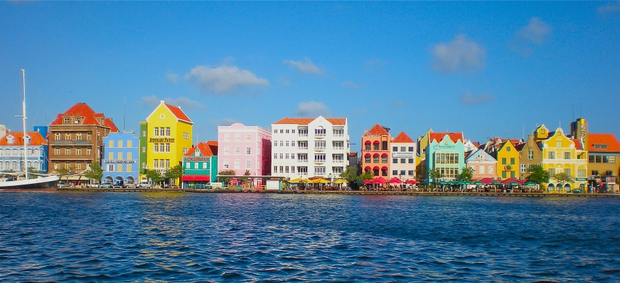 2. curacao-waterfront3
